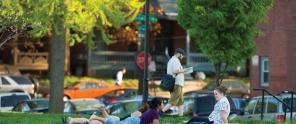 People enjoying a picnic in Drexel Park